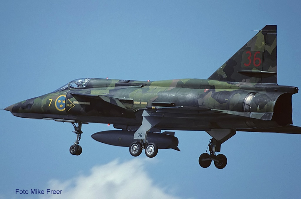Saab_SF37_Viggen,_Sweden_-_Air_Force_AN1117453